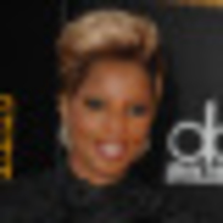 Mary J. Blige Debuts Video For 'I Am'