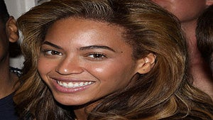 Celebs Go 'Faux Naturale' in Nude Makeup