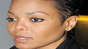 Style Surprise: Janet Jackson Cut Her Hair!