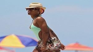 Star Gazing: Kelly Rowland's Memorial Day in Miami