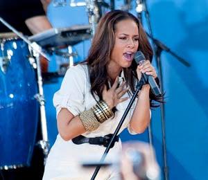 Star Gazing: Alicia Keys Rocks Rumsey Playfield