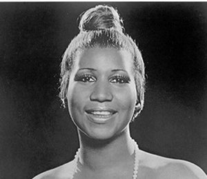 Divas Live: Aretha Franklin, Coif Chameleon
