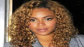 'Go There' Wednesdays: Beyonce's Beachy Waves