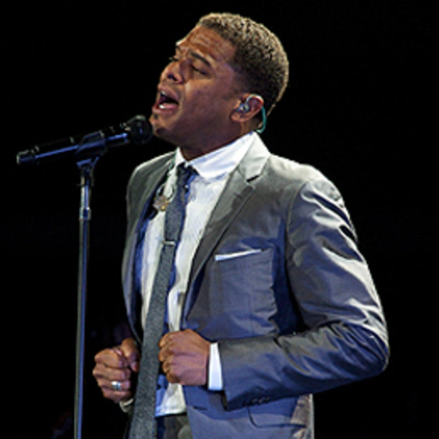 Maxwell and Jill Scott Bring Soul to Oakland