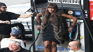 Star Gazing: Naomi Campbell Works a NYC Gas Station