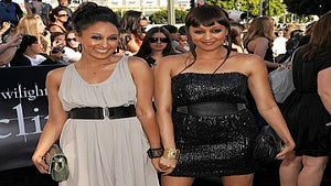 Star Gazing: Tia and Tamera Mowry Catch 'Twilight'