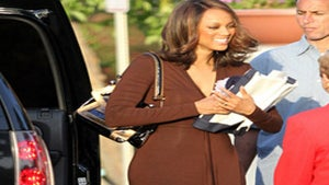 Star Gazing: Tyra Banks Is Keeping It Moving