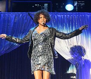 Fans Walk out of Whitney Houston's Denmark Concert