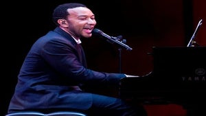 Star Gazing: John Legend Plays for Urban League
