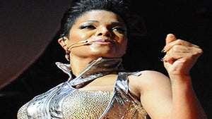 Janet Jackson Tour Sells Out in 10 Minutes