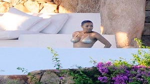 Star Gazing: Janet Jackson Vacations with New Beau