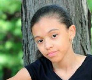 Family of Cancer-Stricken Girl Searches for Donors