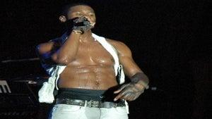 Star Gazing: Usher Flaunts His Six-Pack