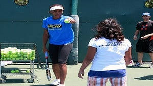 Star Gazing: Venus Williams Teaches Backhand