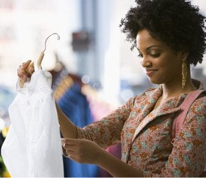 Retail Sales Fall as Consumer Prices Increase