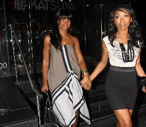 Star Gazing: Brandy and Kelly Have a Girls' Night Out