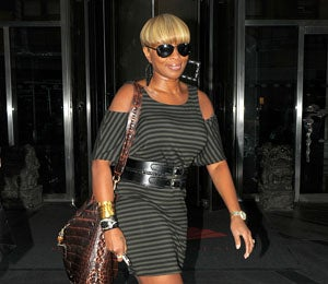 Star Gazing: Mary J. Blige is a Hot Stepper