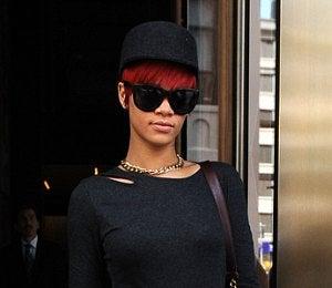 Star Gazing: Rihanna Cuts It Out