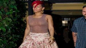 Star Gazing: Rihanna's Got Flower Power