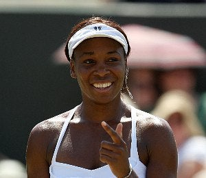 Venus Williams Gives Tennis Tips in Live Chat