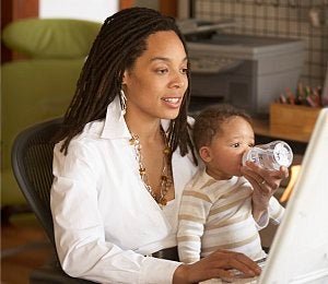 Study: Working Moms Don't Harm Kids Development
