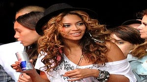 Video: Beyonce's Electric Slide at Block Party