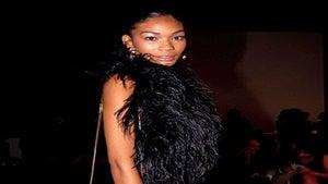 Star Gazing: Chanel Iman Takes Milan