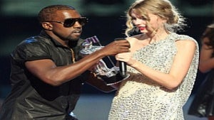 No Kanye West and Taylor Swift Duet at the VMAs