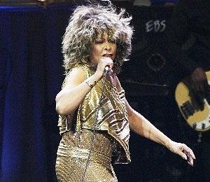 Tina Turner Fans Want Lifetime Achievement Award