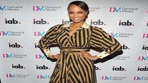 Star Gazing: Tyra Banks Gets Striped