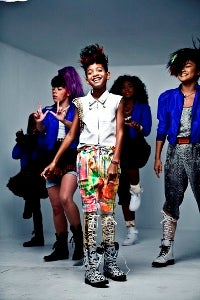Willow Smith's 'Whip My Hair' Beats Rihanna on iTunes