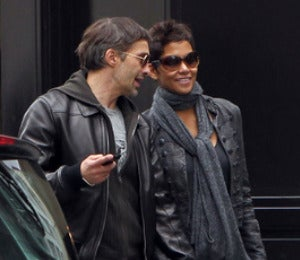 Halle Berry Introduces Olivier Martinez to Her Mom