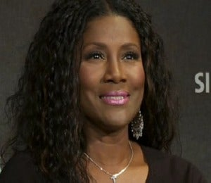 Video: Juanita Bynum on Spreading Love Through Music
