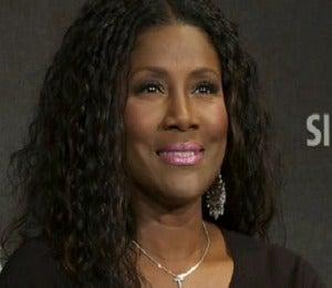 Video: Juanita Bynum on Spreading Love Through Music