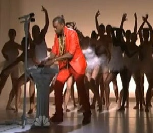 Video: Kanye West Performs on 'Saturday Night Live'