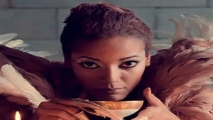 Beauty Babble: Selita Ebanks on Her 'Runaway' Look