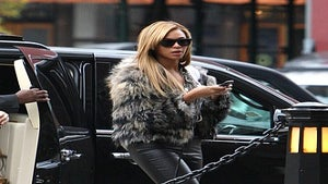 Star Gazing: Beyonce Rocks Fur to NYC Photo Shoot