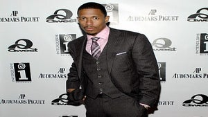 Star Gazing: Nick Cannon Works the Red Carpet