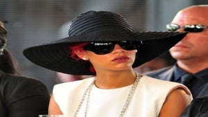 Star Gazing: Rihanna Pays Respects to Barbados PM