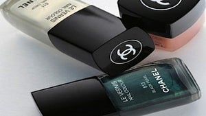 Beauty Beat: Chanel's Spring 2011 Polish Collection