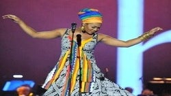 Star Gazing: India.Arie Performs at Nobel Peace Concert