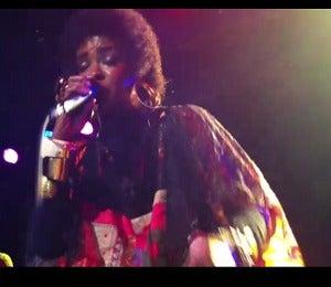 Lauryn Hill Rocks Brooklyn Concert