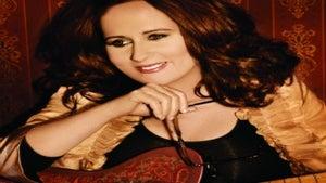 Legendary R&B Singer Teena Marie Passes at 54
