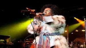 Star Gazing: Lauryn Hill Performs at Sundance