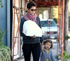 Star Gazing: Halle Berry and Nahla Hold Hands in L.A.