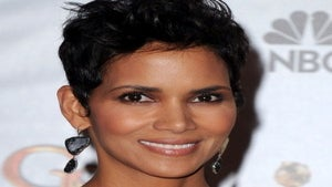 Halle Berry to Play Aretha Franklin in Biopic