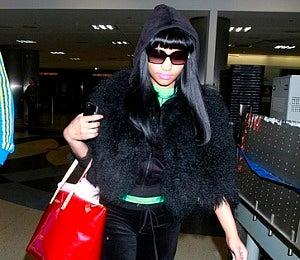 Star Gazing: Nicki Minaj Keeps it Comfy at LAX