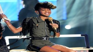 Willow Smith Performs 'Whip My Hair' on New Year's Eve