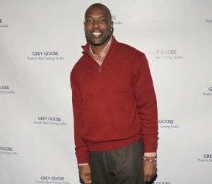 Star Gazing: Terrell Owens Hosts Super Bowl Party