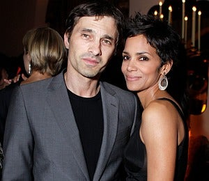Star Gazing: Halle and Olivier Step out for Dinner
